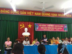 Bà Lê Thị Mộng Tuyền – Phó trưởng Phòng Giáo dục phát biểu chỉ đạo chuyên môn